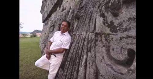 Arqueología y Literatura: José Agustín en Xochicalco, Centro de Poder, Mito Generacional