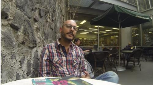 Entrevista con Arturo Vallejo: <i>Última vez en Plutón</i>