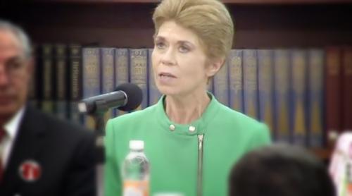 Dolores Castro en el homenaje a Rosario Castellanos