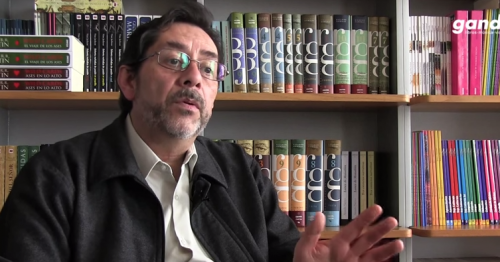 Entrevista a Luis Bernardo Pérez (''Papeles de Ítaca y otros destinos'')