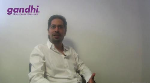Entrevista con José Mariano Leyva: <i>Imbéciles anónimos</i>