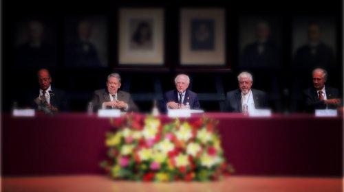 Ceremonia de ingreso de don Hugo Hiriart a la Academia Mexicana de la Lengua